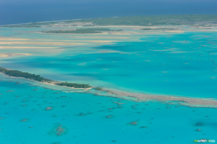 In for landing on the Anaa atoll